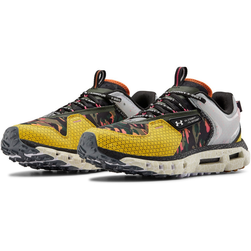 Unisex UA HOVR™ Summit CLLSN CRS PRT Sportstyle Shoes